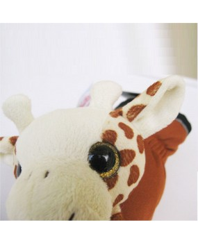playful mittens with giraffe - M34
